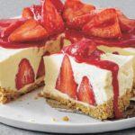 Erdbeer-Vanille-Frischkäsetorte