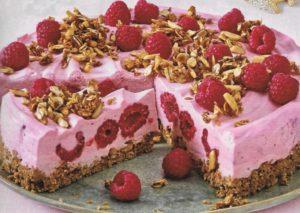 Himbeer-Torte mit Knuspermüsli