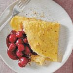 Pfannkuchen mit Kirschkompott